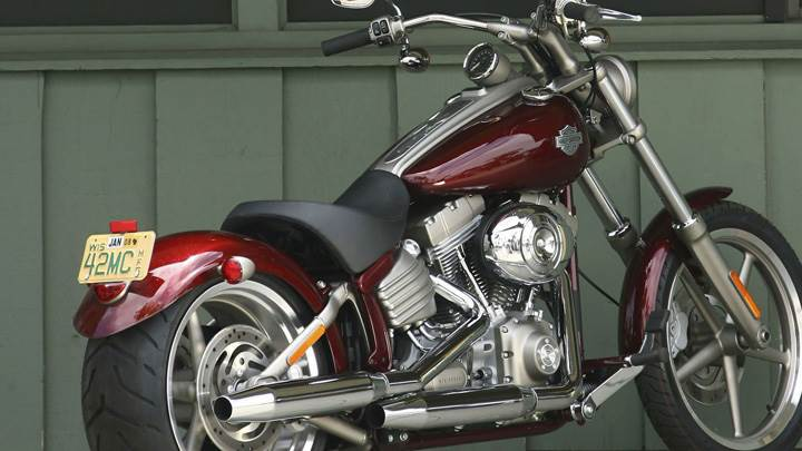 Harley-Davidson FXCWC Rocker C In Red Side Pose